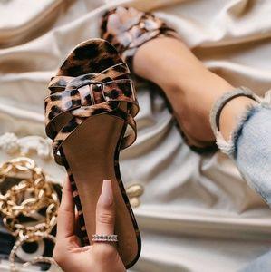 Shoes - 🔥New🔥 Malibu- leopard